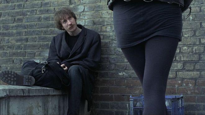 Totes Quotes - Naked - David Thewlis alleyway